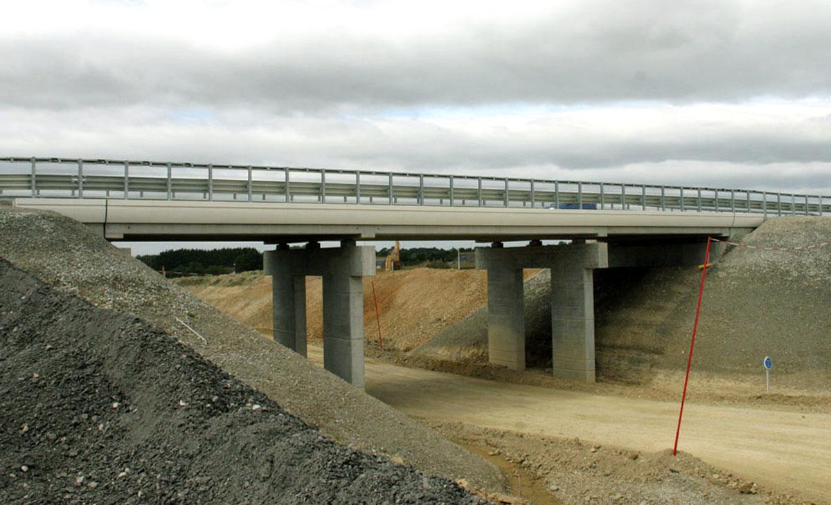 En Ille-et-Vilaine, la mise en service de la LGV a impliqué la construction de 48,5 km de nouvelles voies ferroviaires