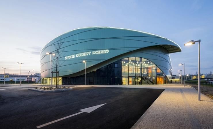 Le Stade Robert Poirier Premier Stade Couvert D Athletisme En