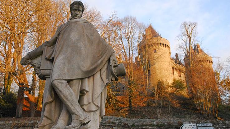 statue chateaubriand