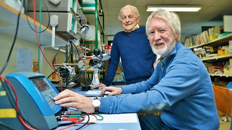 Albert Le Floch et Guy Ropars, spécialistes de la physique des lasers. © Franck Hamon