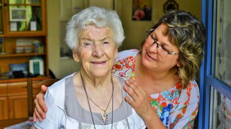 Personne âgée - Vieillir à domicile
