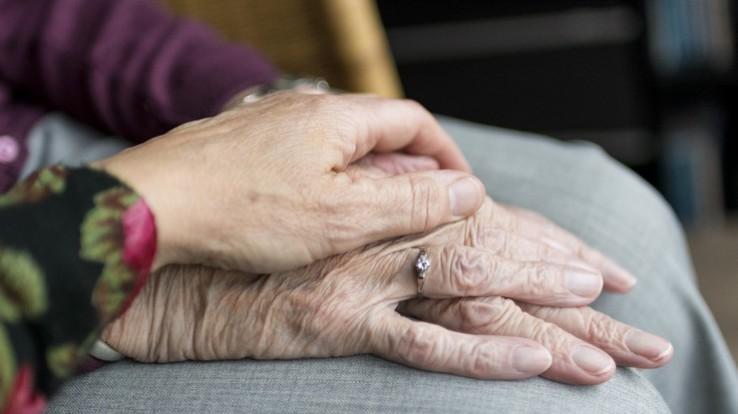 Personnes âgées, Les structures d'aide aux aidants