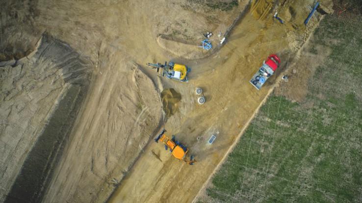 Vue aérienne du chantier de construction du collège de Bréal-sous-Montfort