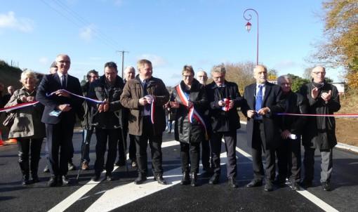 Inauguration des derniers aménagements routiers de la RD 15 à Villamée