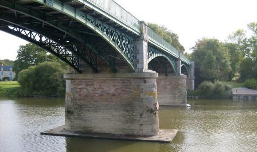Vue du Pont de port de Roche