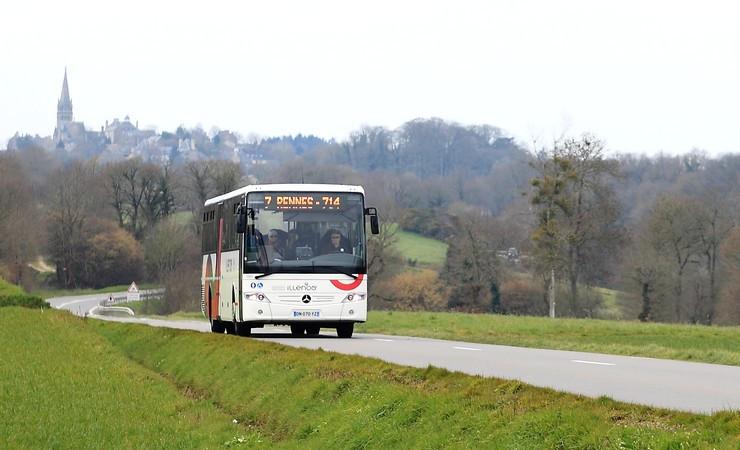 Le transport routier interurbain assuré par les cars illenoo sera transféré à la Région le 1er janvier 2017. Cependant, afin d'harmoniser ce transfert avec celui du transport scolaire, le Département en assurera la gestion, par délégation, jusqu'au 31 août 2017.
