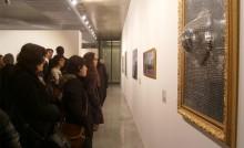 Groupe de visiteurs au musée