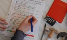Remplir un formulaire pour une demande d'aide aux personnes en situation de handicap