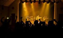 Groupe de rock sur scène